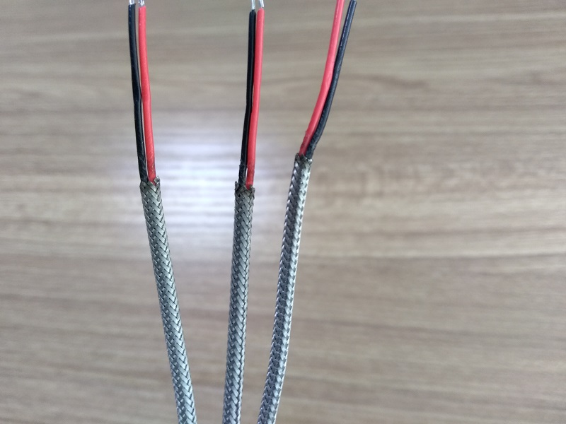 How to Strip the cable metal braids ?